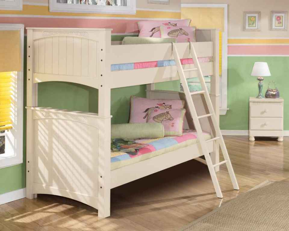 Image of: Bunk Bed Cots Curtains