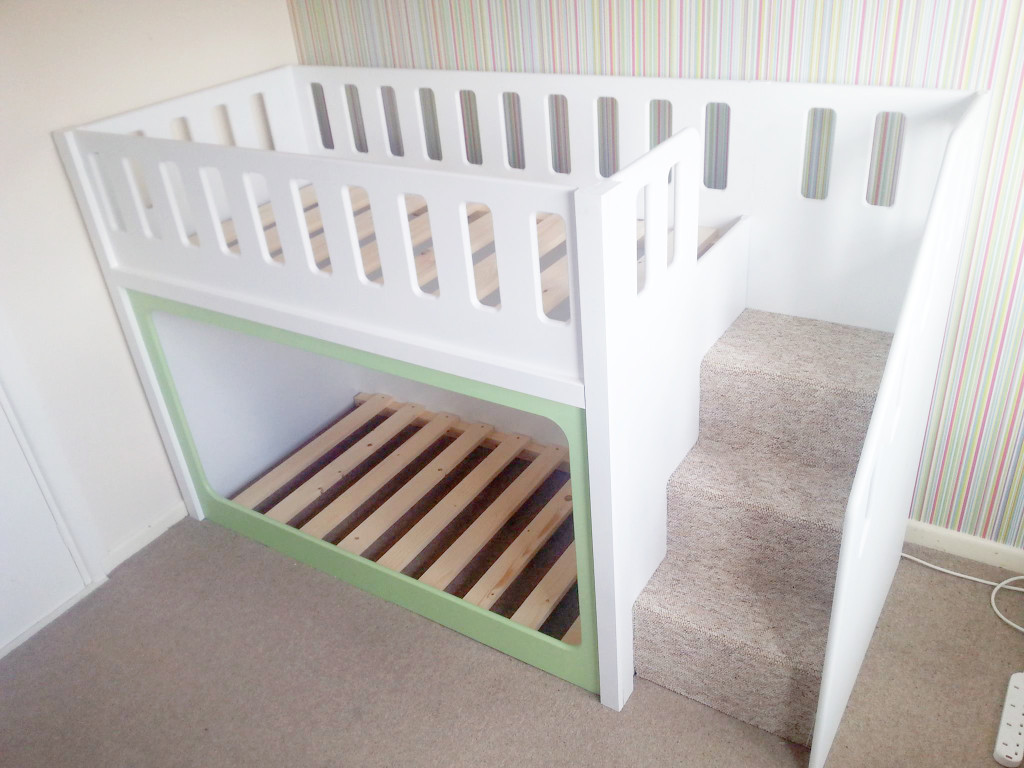 Image of: Bunk Bed Cots Decor