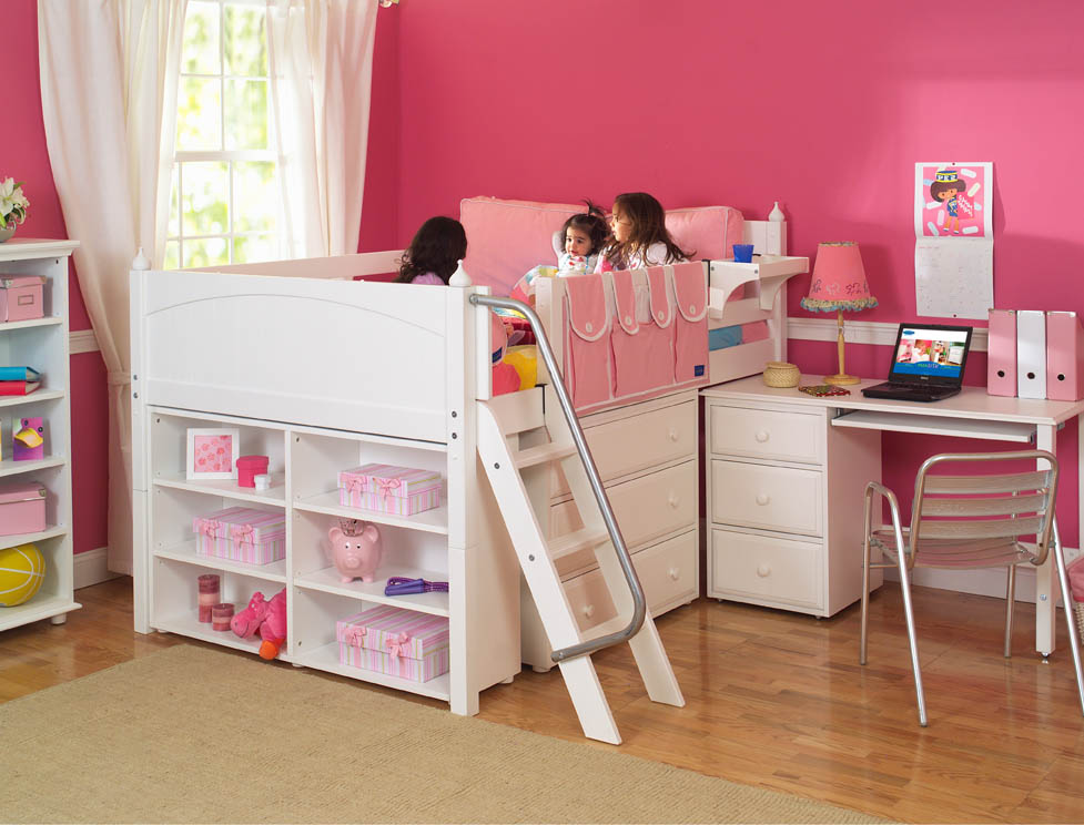 Image of: Kids Bunk Beds With Desk Pink