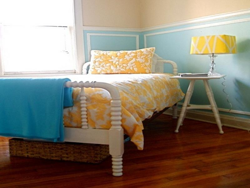 Yellow Jenny Lind Bunk Bed