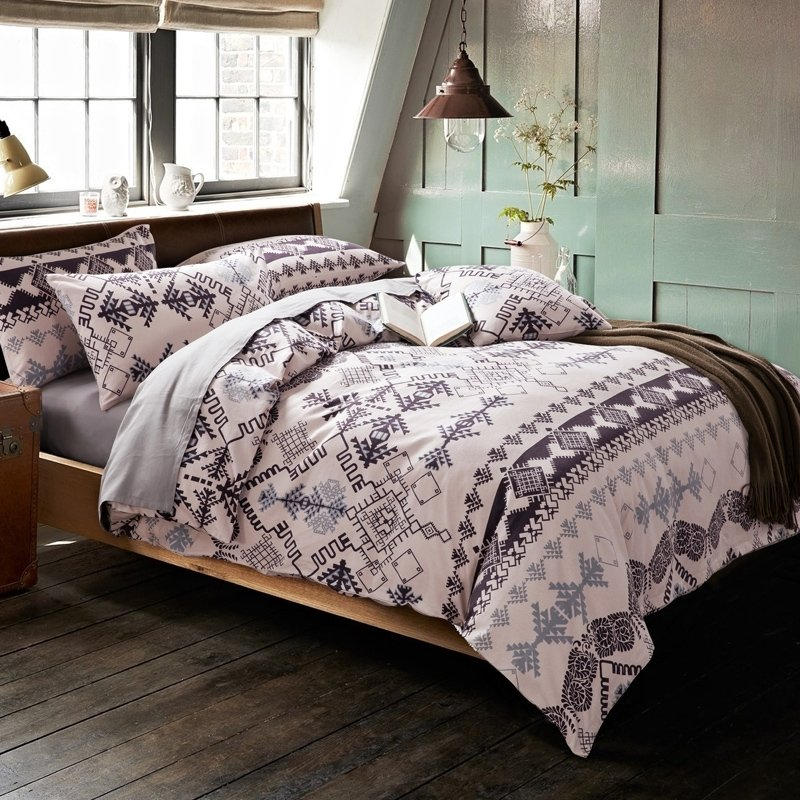 Image of: 28 Shabby Chic Bedding Grey 28 Image Shabby Chic Cozy, Relaxed and Chic Bedding Sets