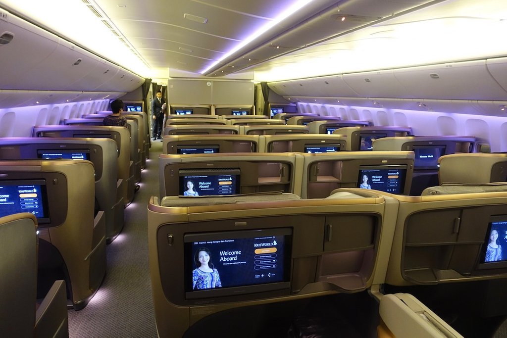 Image of: Airway 777 Class 28 Image Boeing 777 36n Er Cozy, Relaxed and Chic Bedding Sets