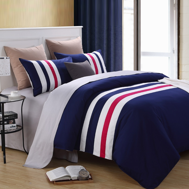 Image of: Awesome Blue and White Bedding