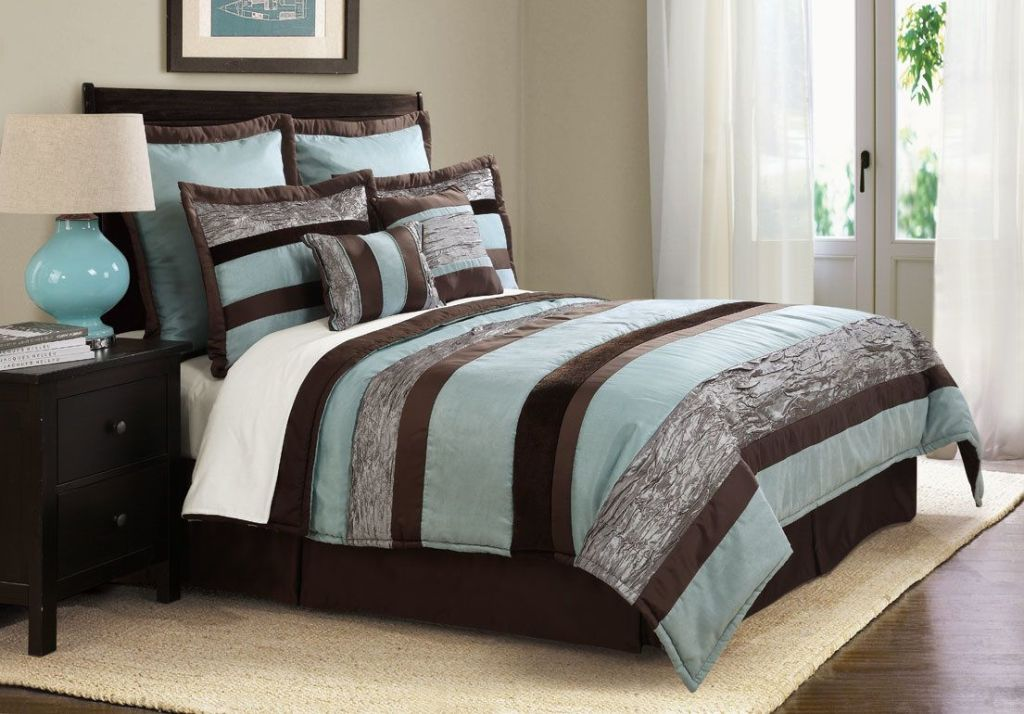 Image of: Blue And Brown Comforter Queen