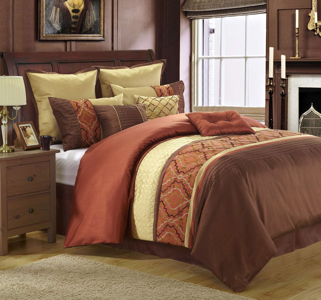Image of: Brown Quilt Sets Size