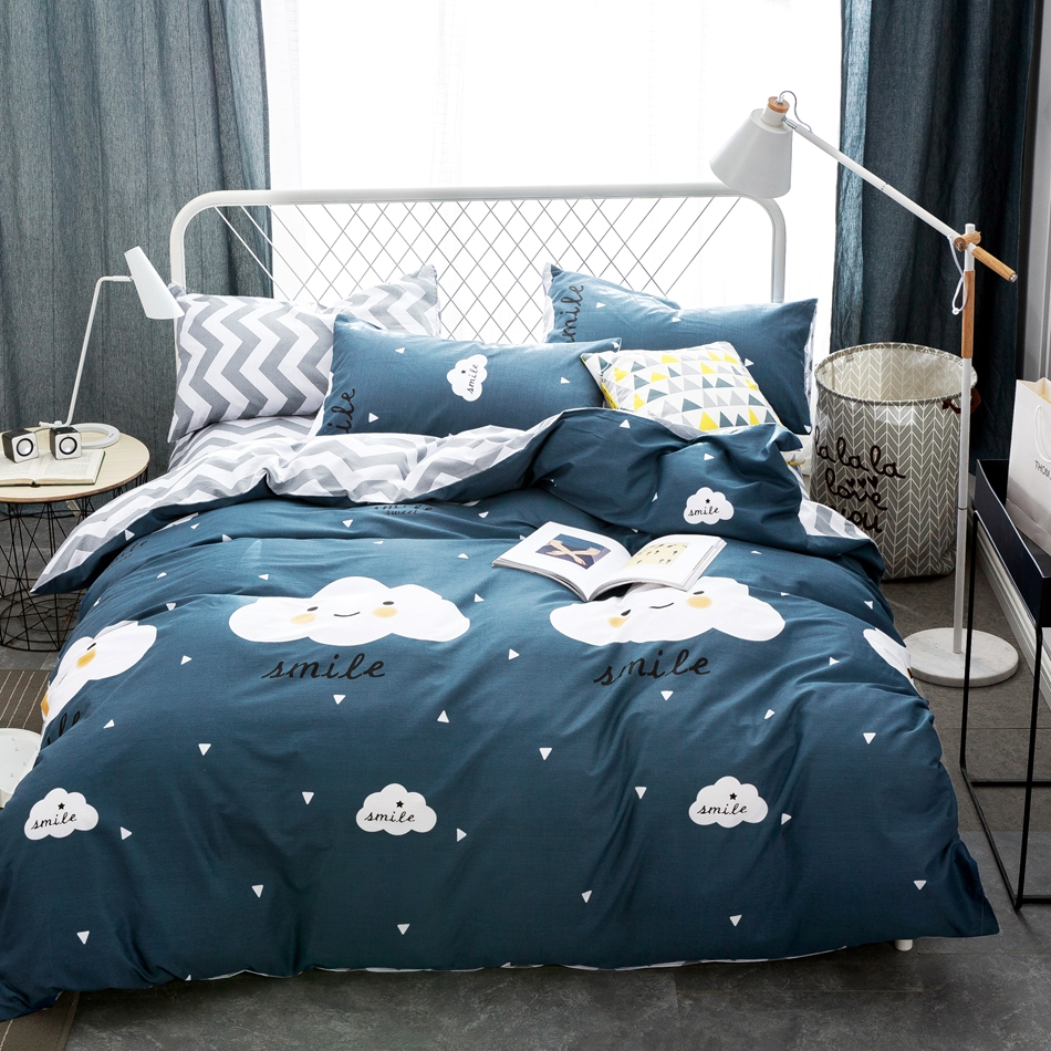 Image of: Cloud Smile Bedding Set
