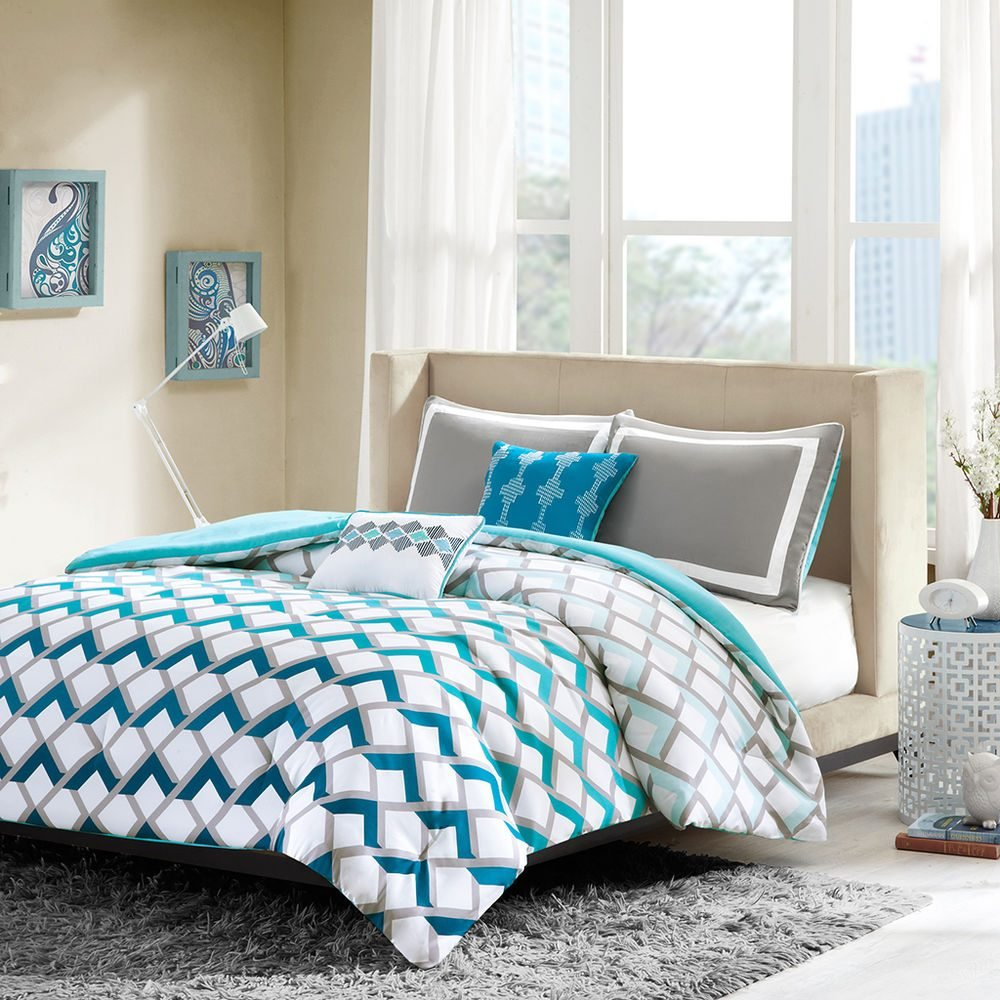Image of: Extraordinary Bed Set Queen Master Bedroom Comfort and Freshness Bedding Sets for Guys