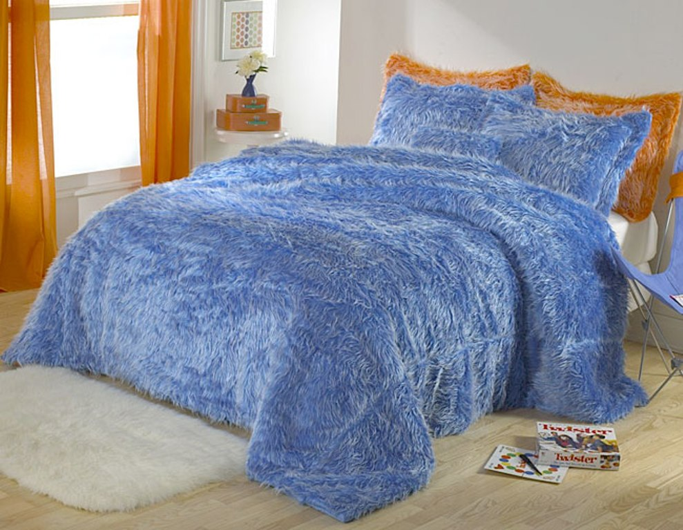 Image of: Faux Fur Bedding Twin