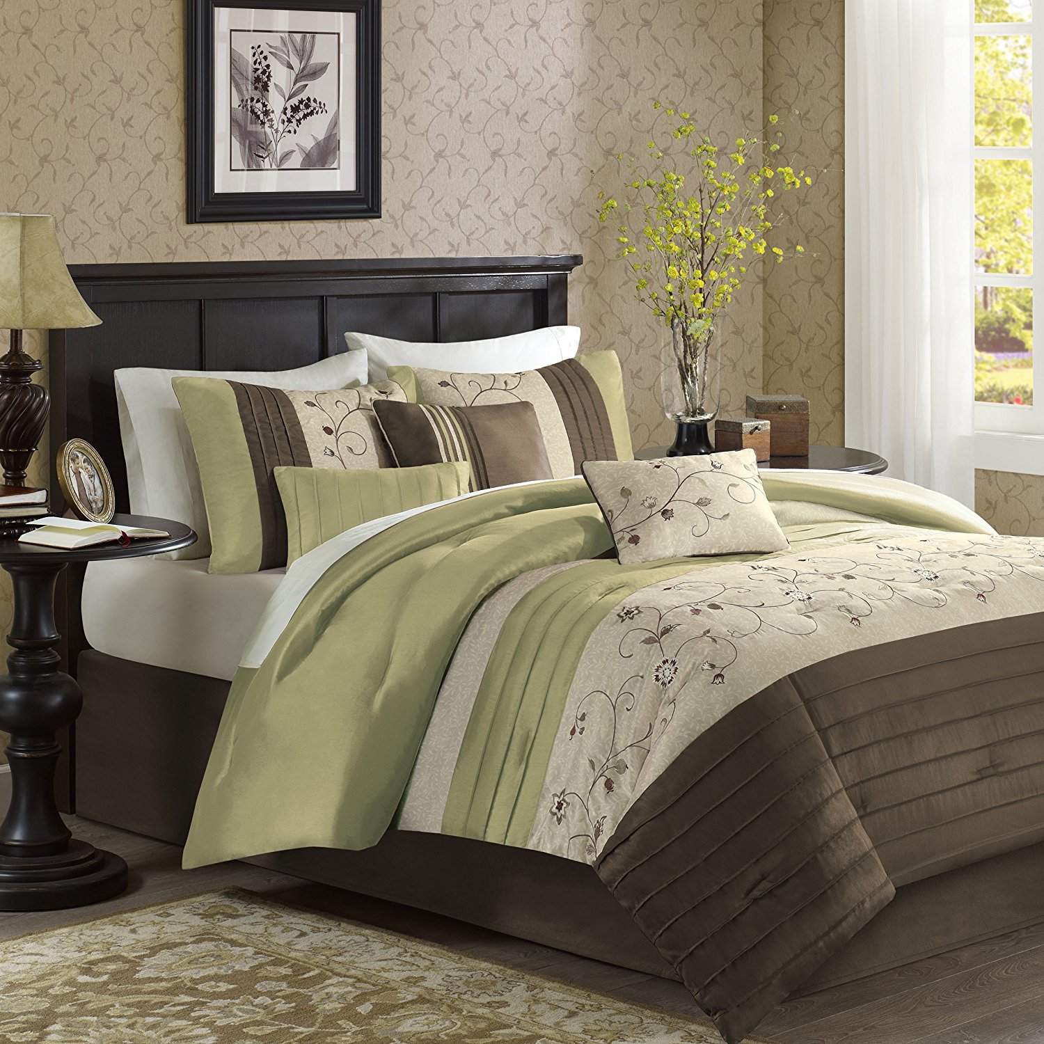 Image of: Forest Green Comforter