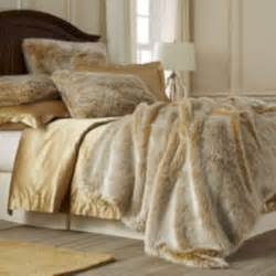 Image of: Fur Queen Size Bed
