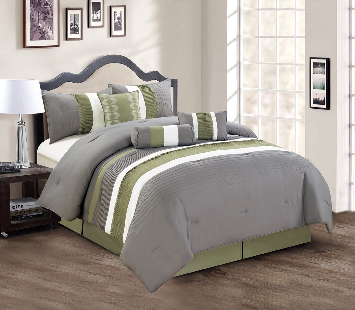 Image of: Gray and Green Comforter