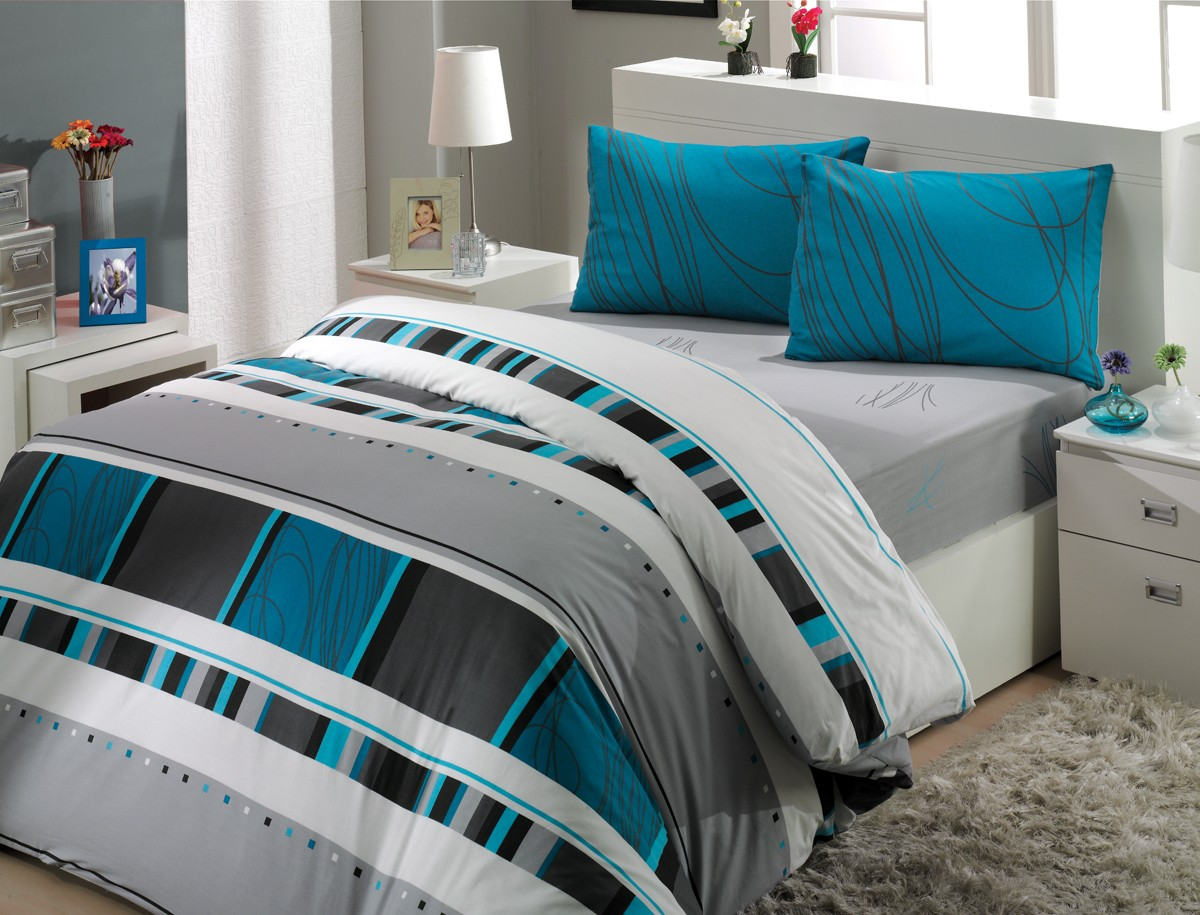 Image of: Modern Grey Comforter King Size Bed