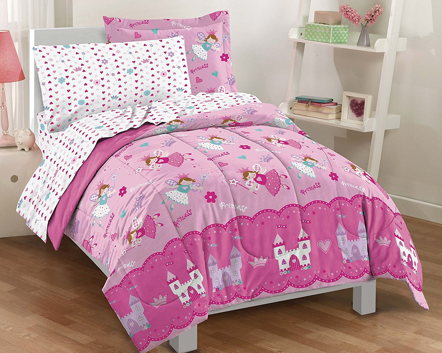 Image of: Pink Pleated Comforter