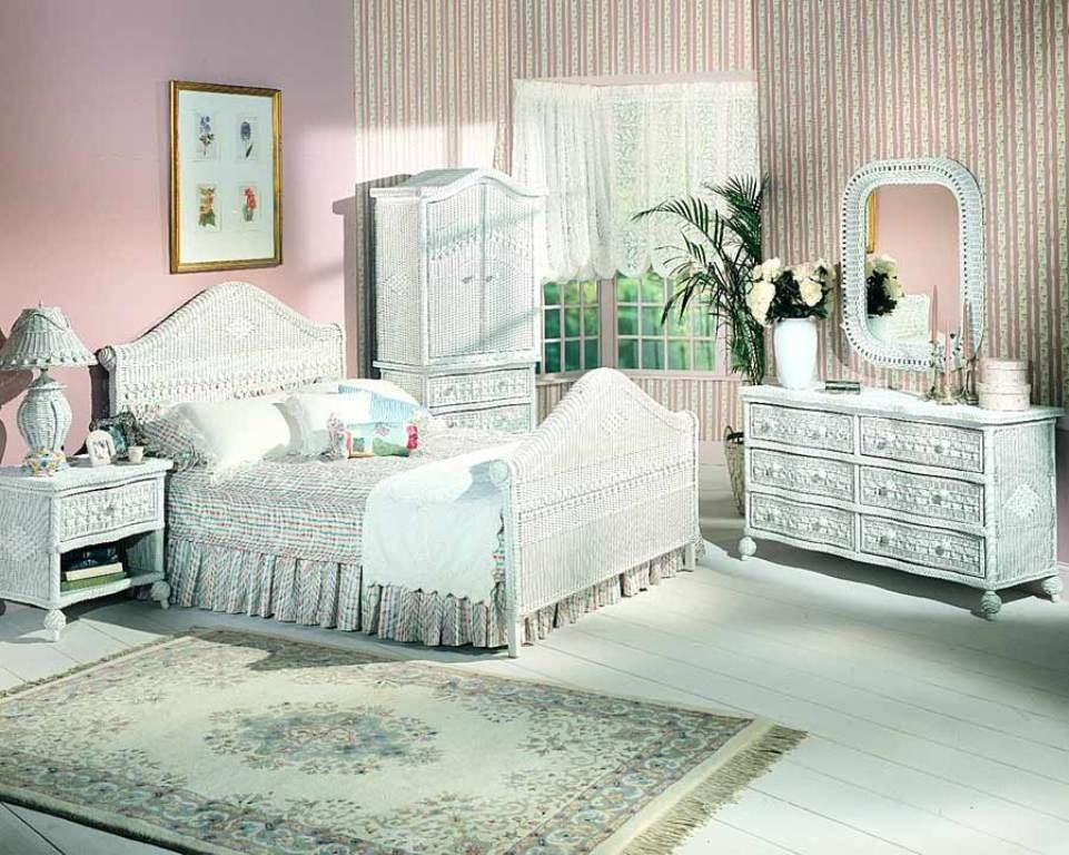 Image of: Rattan Queen Bedroom Set Bedroom Bed Review Comfort and Freshness Bedding Sets for Guys