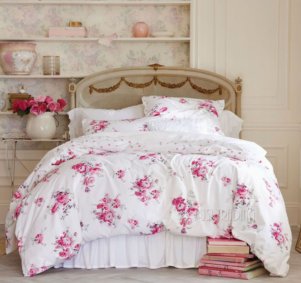Image of: Shabby Chic Bedding Collections