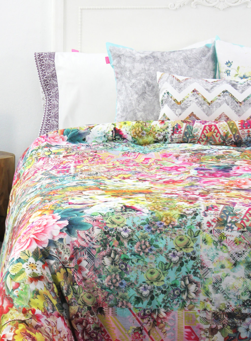 Image of: Shabby Chic Discount Bedding