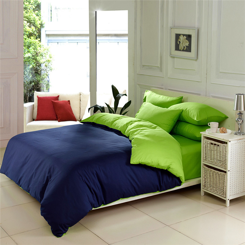 Image of: Solid Green Comforter