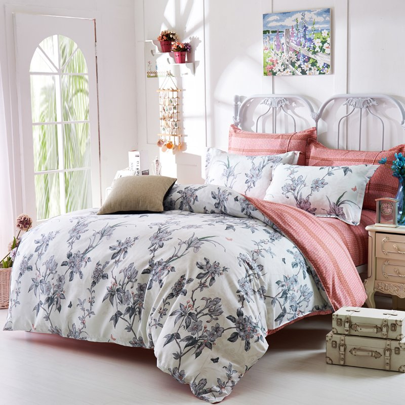 Image of: Top 28 Modern Shabby Chic Bedding Cozy, Relaxed and Chic Bedding Sets