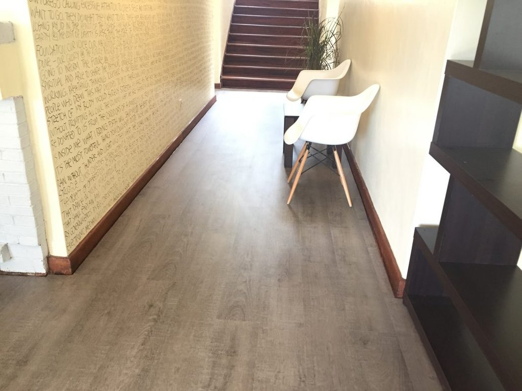 Image of: Top 28 Pergo Flooring Nairobi Pergo Laminate Floor Cozy, Relaxed and Chic Bedding Sets