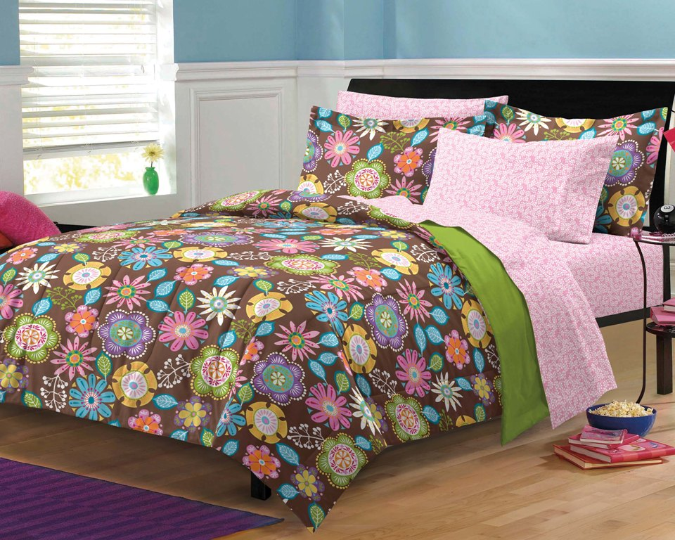 Image of: Beautiful Bedding Teen Ideas