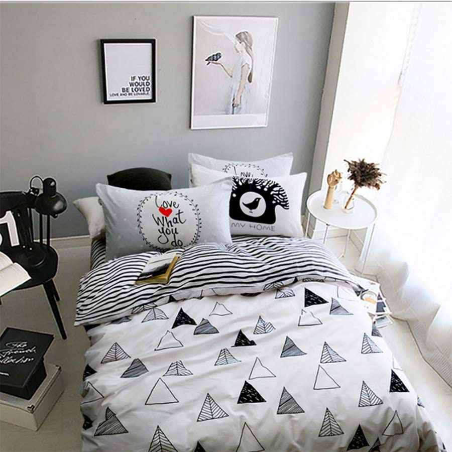 Image of: Bedding For Teen Bedroom Style