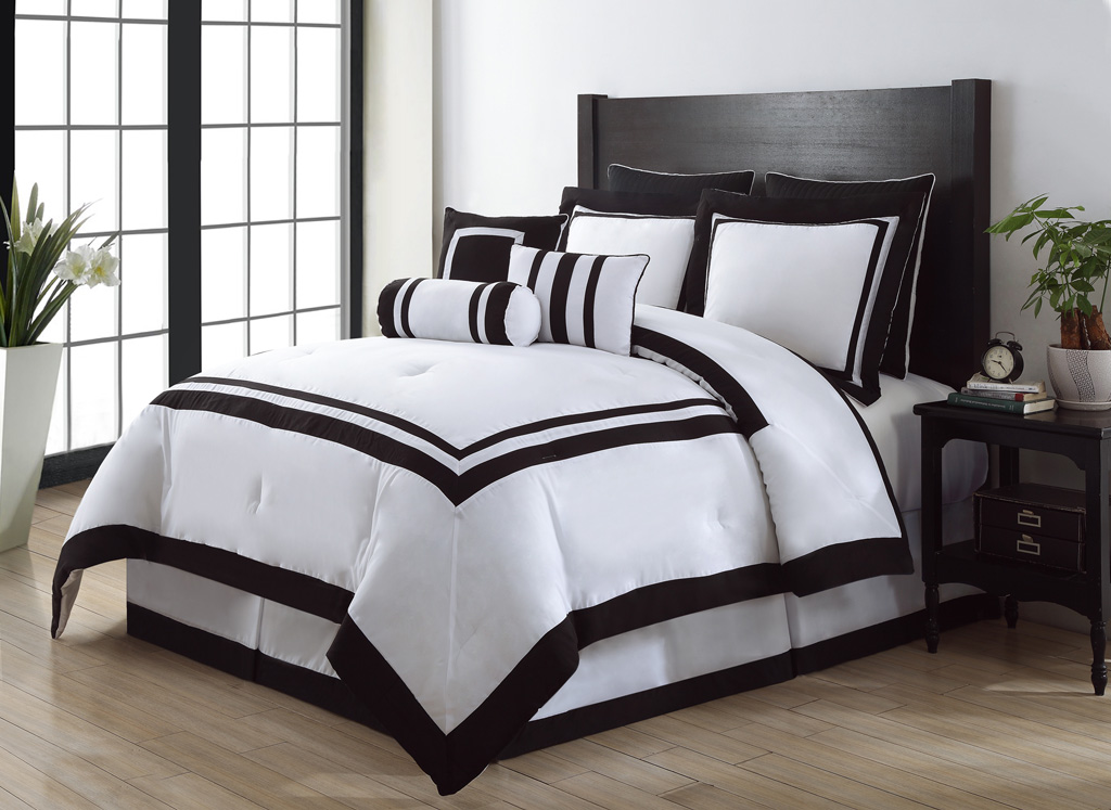 Image of: Black And White Comforter King