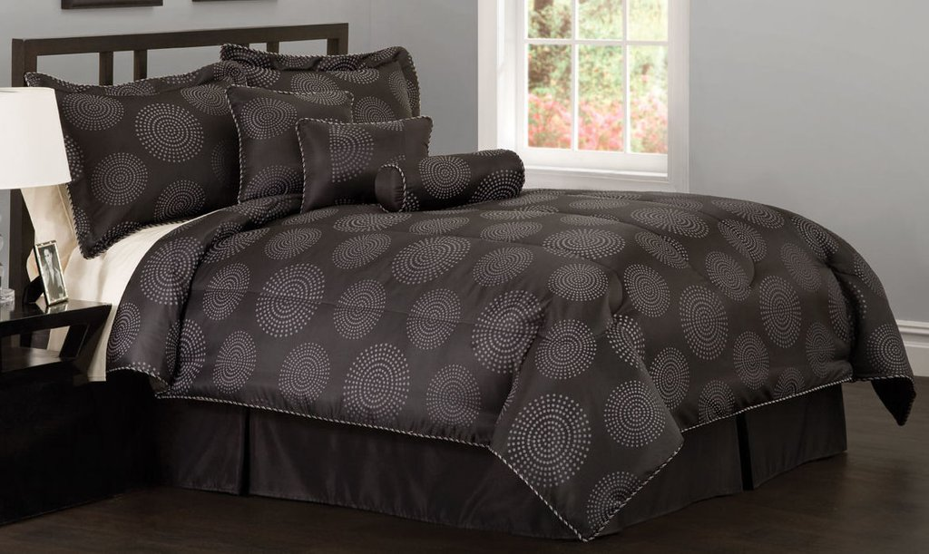 Image of: Black White Bedding Geo Grid Black Comforter Set Decorative Pillow Black And White Bedding Sets, a Great Choice