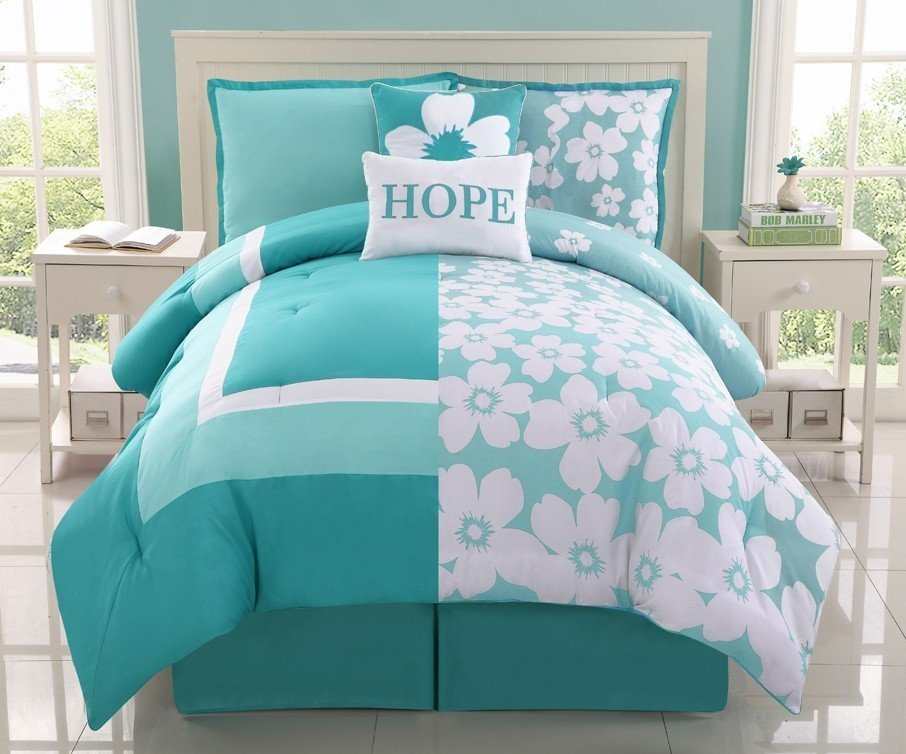 Image of: Clearance Kid Bedding Reversible Aqua Splash Hope Bed Awesome Ideas Teen Bed Sets