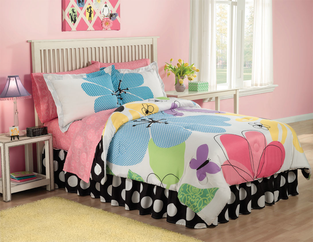 Image of: Colorful Cute Teen Bedding Ideas