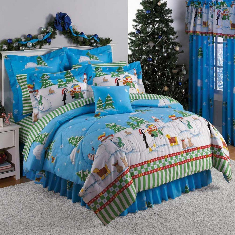 Image of: Cool Teenage Bedroom Green Striped Bedspread Awesome Ideas Teen Bed Sets