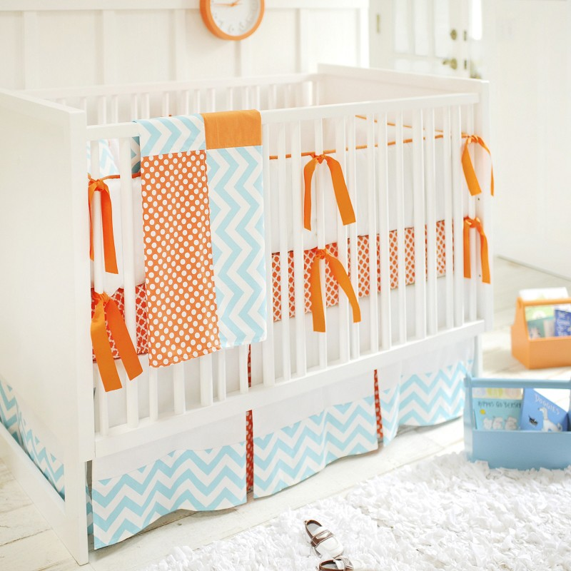 Image of: Modern Crib Bedding Set