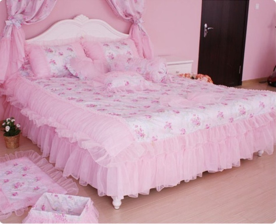 Image of: Pink Princess Bedding