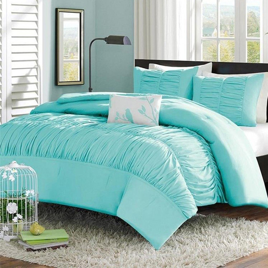 Image of: Ruched Bedding Top Choices of Tiffany Blue Bedding