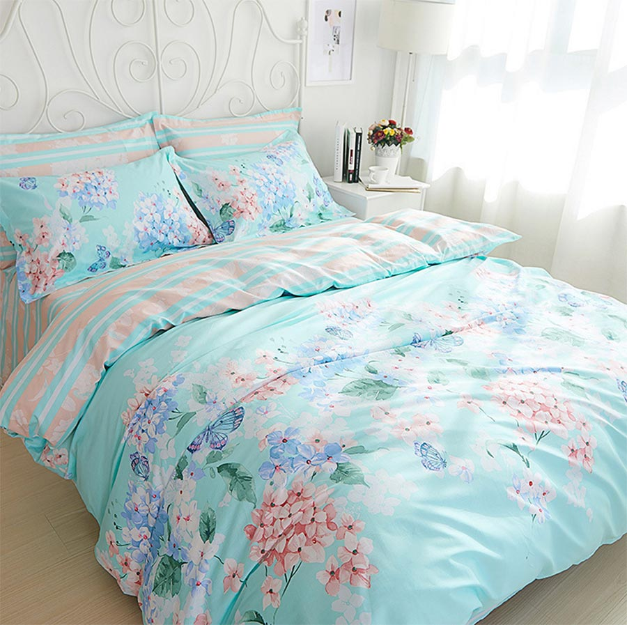 Image of: Teen Ideas Bedding Quilts