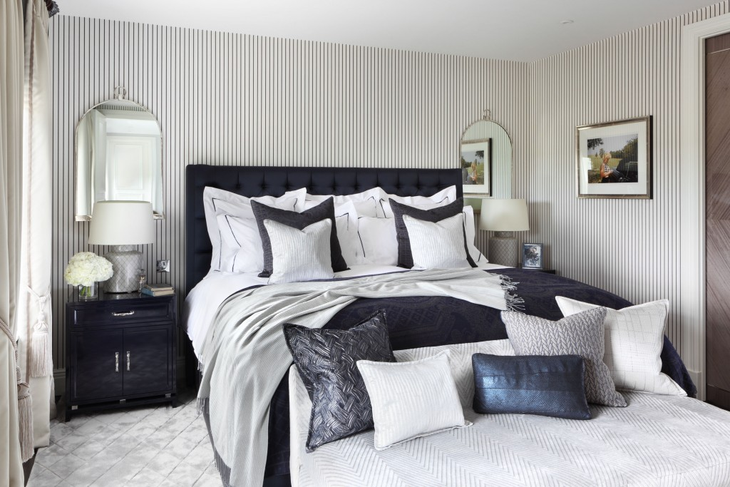Image of: Contemporary Bedroom Sets For Sale