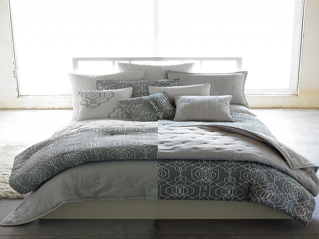 Image of: Candice Olson Bedding Bedazzled
