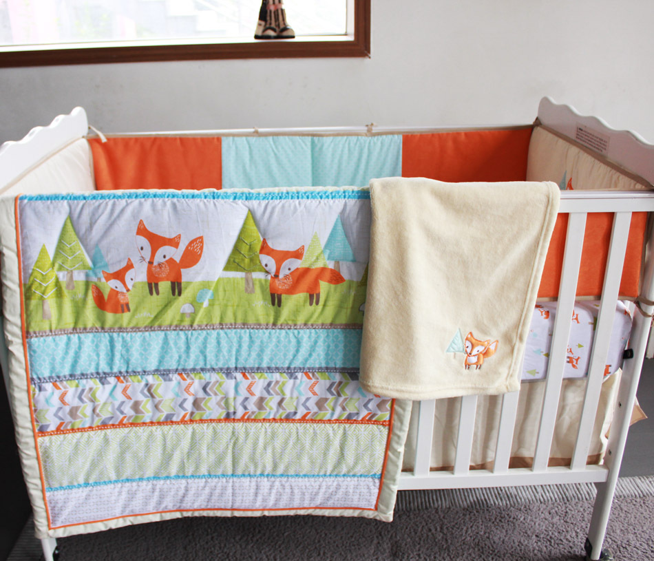 Image of: Embroidery 3D Baby Bedding