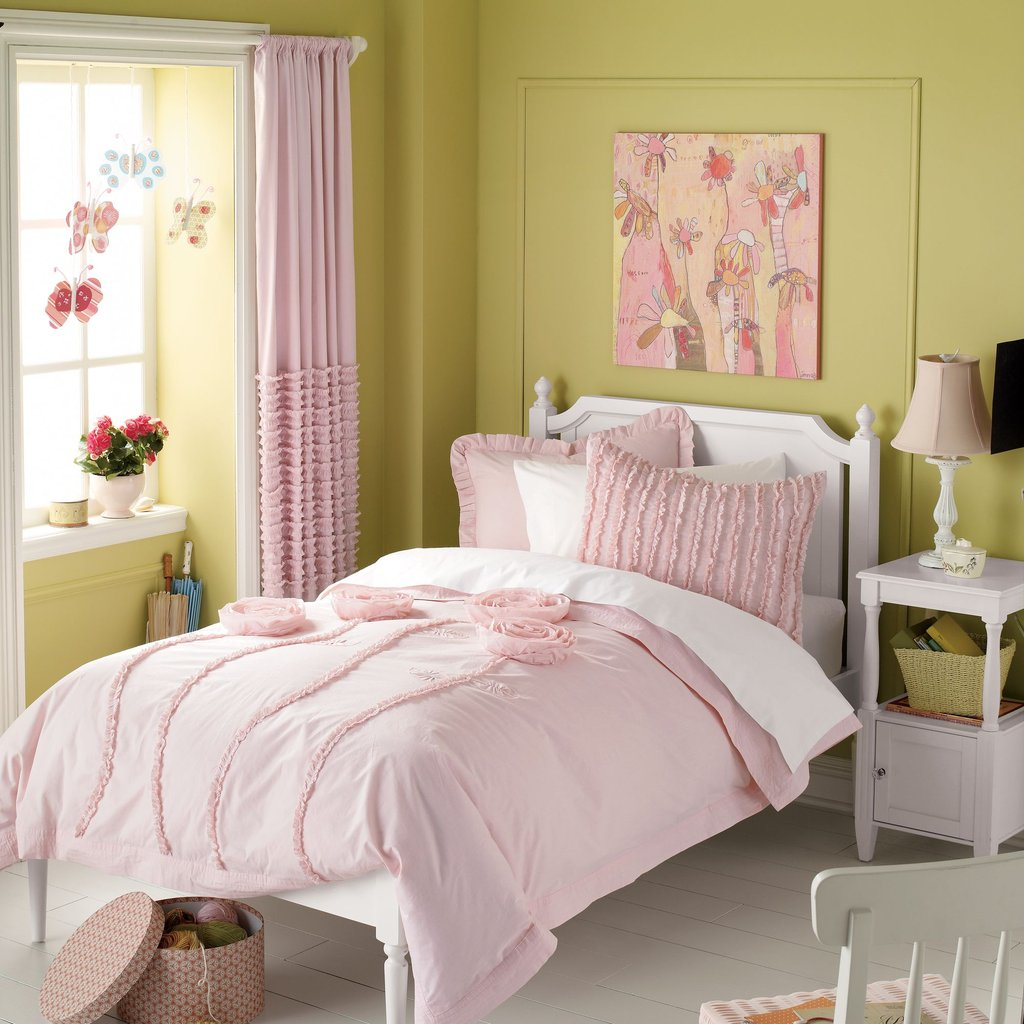 Image of: Girl Bedding Colorful Kid Room Pink and White Bedding Set the Color of Girls