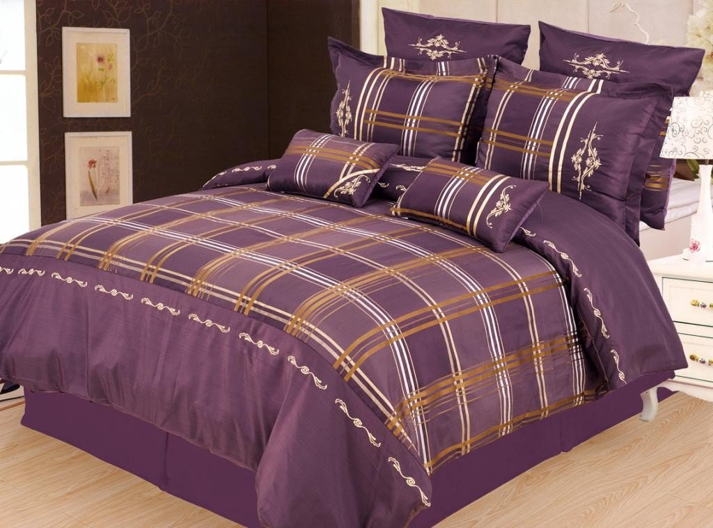 Image of: Purple Bedding Set Comfortable How To Clean Dark Purple Bedding Sets