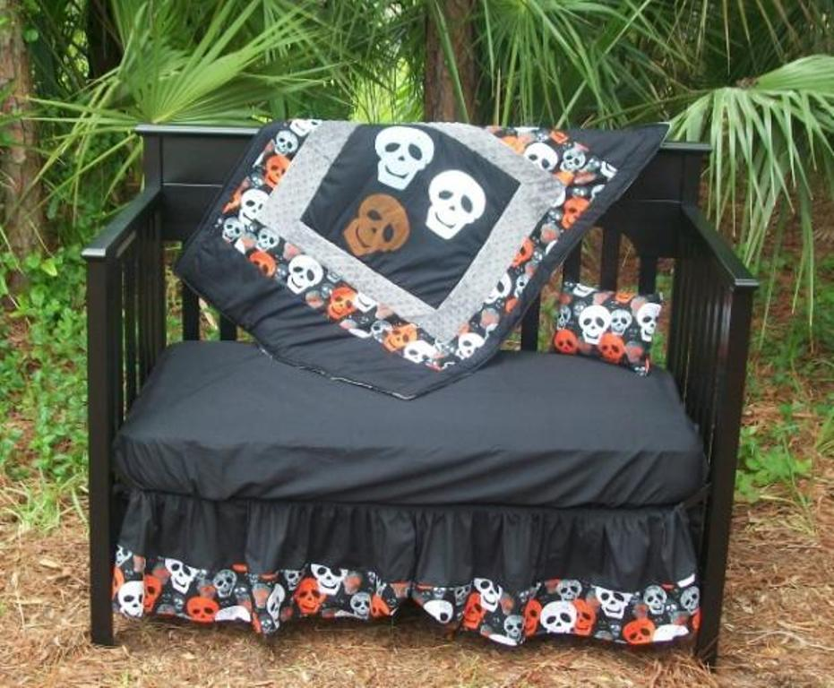 Image of: Skull Crib Bedding Set