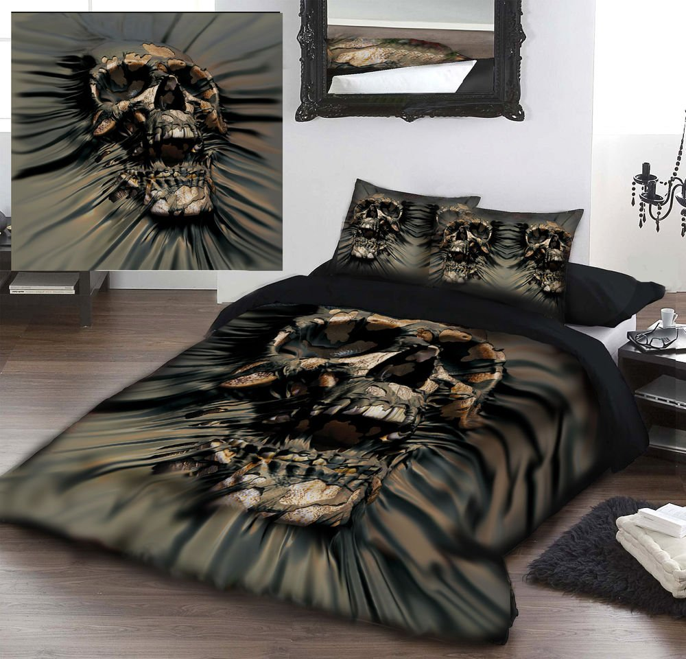 Image of: Skull Rip Duvet Cover Set Kingsize Bed Artwork Brief Article Teaches You the Ins and Outs of Gothic Bedding and What You Should Do Today
