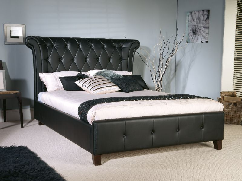 Image of: Tufted Leather Black Bed