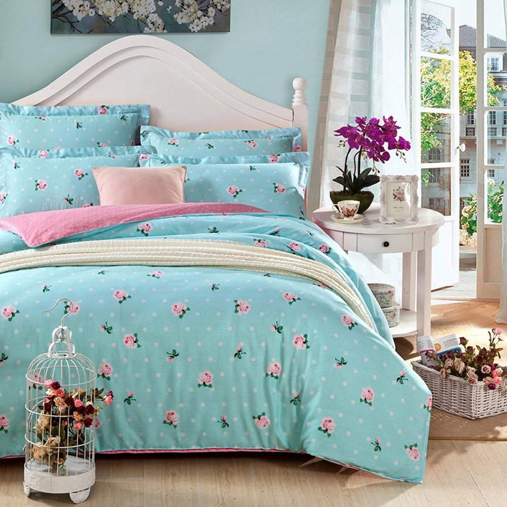 Image of: Vintage Comforters And Bedding