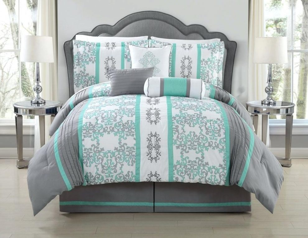 Image of: Bedding Target Set Two Color