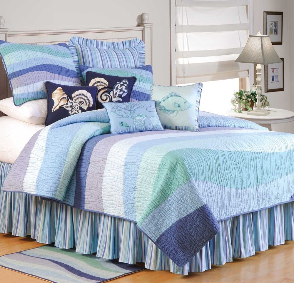 Image of: Blue Nautical Queen Size Bedding Sets