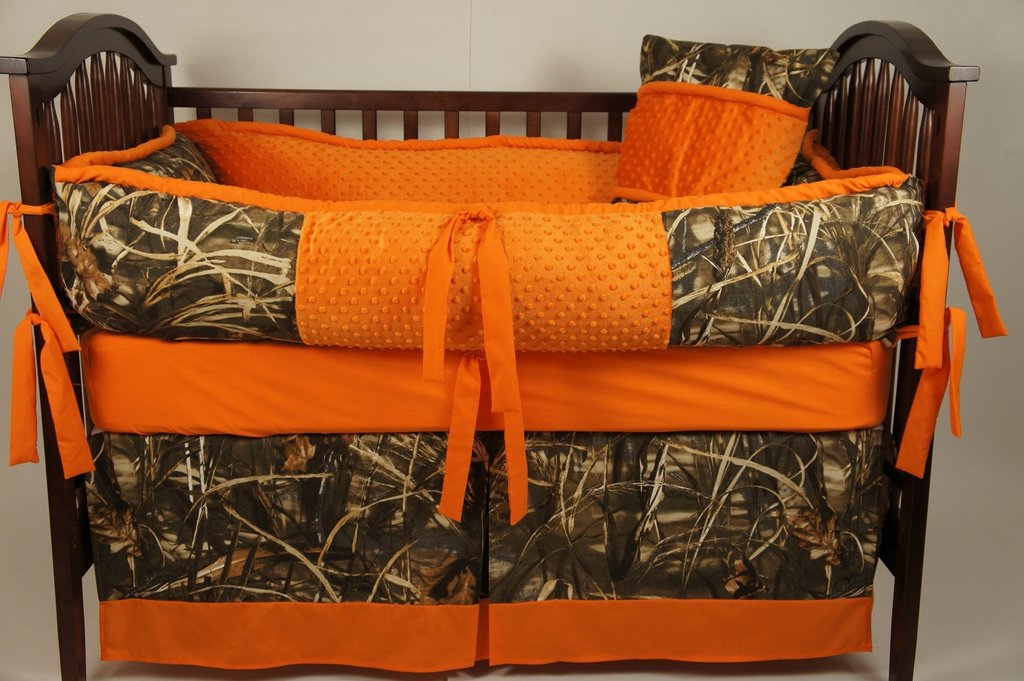 Image of: Camouflage Crib Bedding Image Hiend Accent Oak Camo What to Expect From Pink Camo Crib Bedding?
