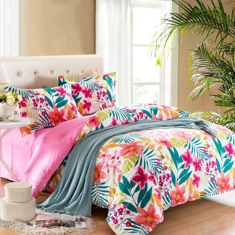 Image of: Colorful Bedding Collections