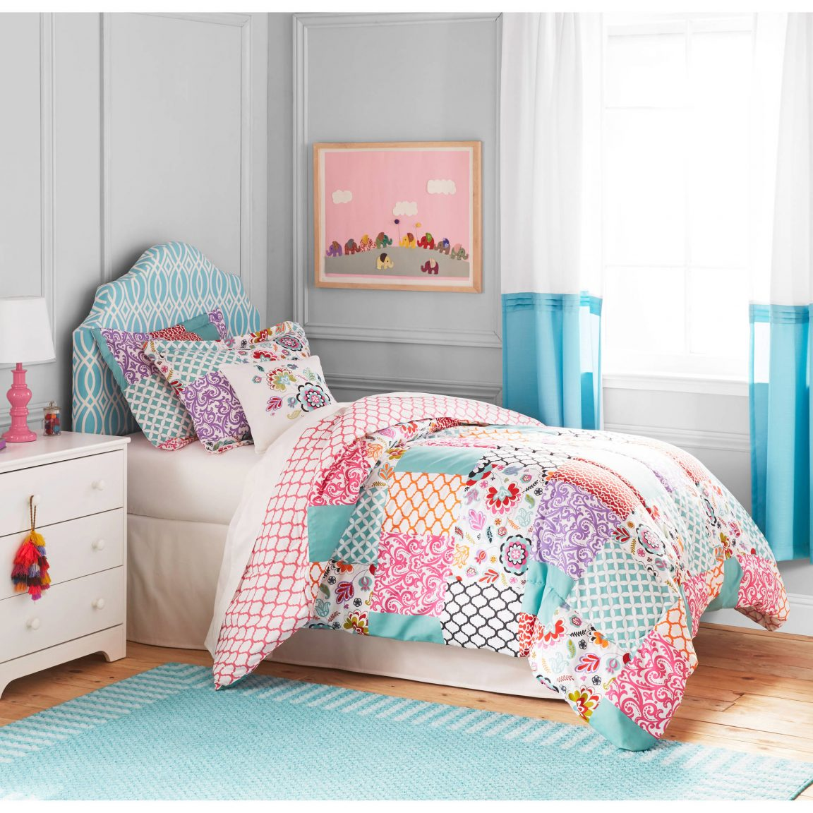 Image of: Girls Bedding Style