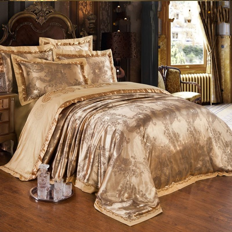 Image of: Gold Silk Comforters