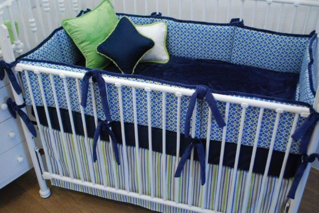 Image of: Navy And White Crib Bedding